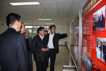 对济南院设计的青岛站房,烟台站房等国家重点项目给予了高度评价.